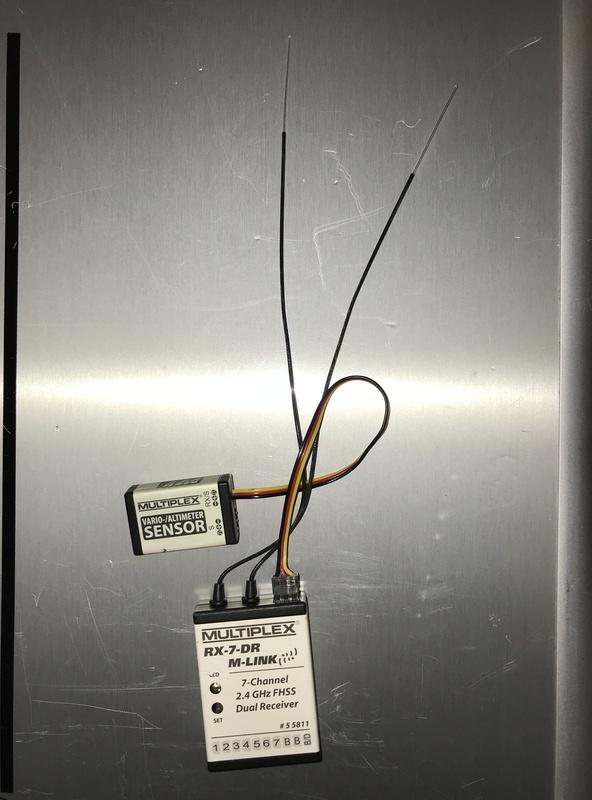 VENDU!!!!Capteur Vario-Altimetre et RX-7-DR M-Link Multiplex 135d7710