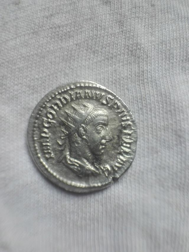 Antoniniano de Gordiano III. FELICITAS TEMPORVM. Roma Img_2032