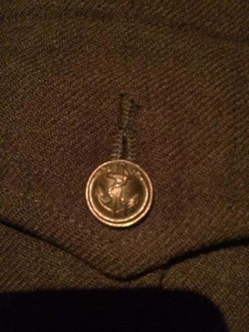 Identification uniforme Français? + outil 24098711