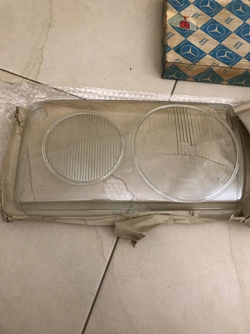 (VENDO) Vidro do Farol Hella - W123 - R$ 150 Whatsa23