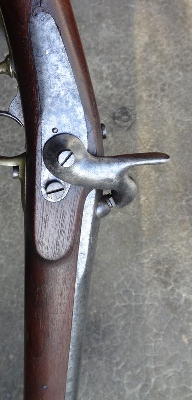 Qui connait ce modèle de fusil - mousqueton Dsc04226