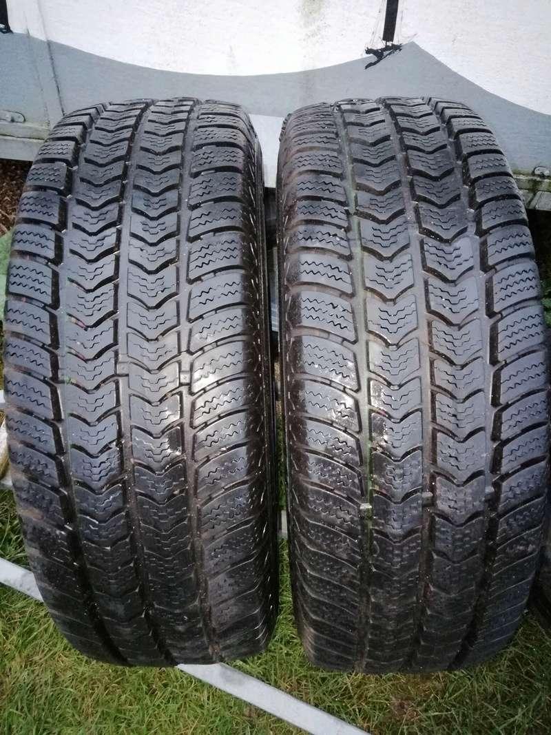 Vends deux pneus neige van grip 2  Img_2012