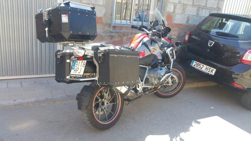 BMW robada en San Vicente. Img-2011