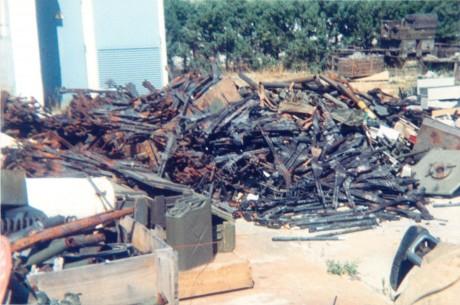 FOTOS DE DESTRUCCION DE DIFERENTES MODELOS DE CETME Y OTRAS ARMAS DEL PATRIMONIO 2012_011