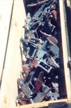 FOTOS DE DESTRUCCION DE DIFERENTES MODELOS DE CETME Y OTRAS ARMAS DEL PATRIMONIO 2012_012