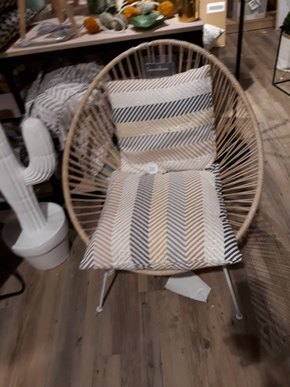 Conseil couleur canapé couleur table basse et disposition des meubles - Page 2 20180110