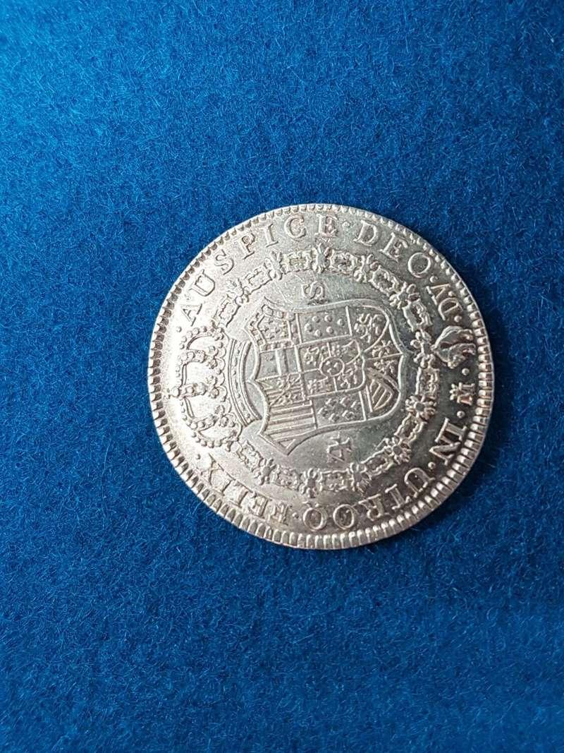¿Consideráis estos 4 escudos en estado S/C? 2d17e310