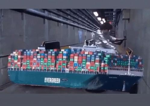 Lo Del Barco Atascado En El Canal De Suez (Vol.1: Origins) - Página 11 20186310