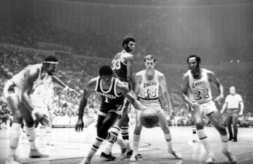 Antes la NBA molaba más: Basket viejuno Eltogq10