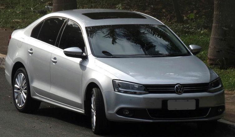 Sobre Volkswagen Jetta 2012 Jetta_11