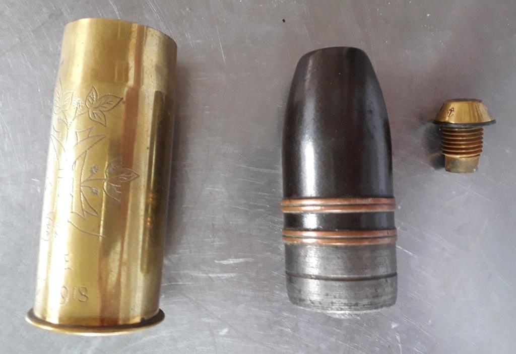 Obus de 37 Mle 1885 neutralisé et décoré 20180533