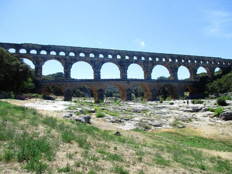 Le pont du Gard 01420