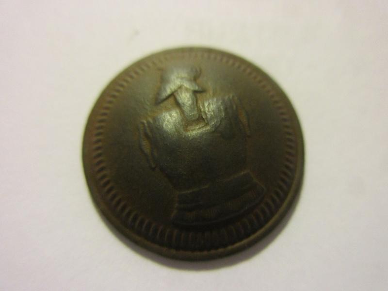 Un autre bouton plat 1845/1871 Img_5150