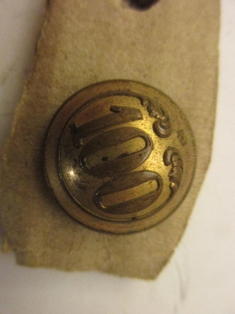 Un autre bouton n°100 Second Empire Img_5726