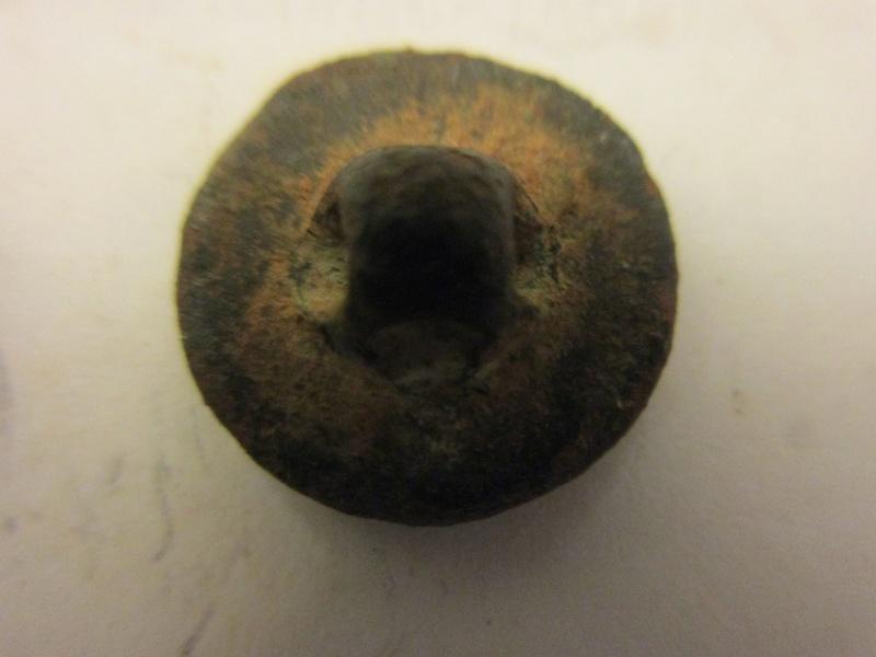 Un autre bouton du 48éme d'infanterie , ancien régime Img_5758