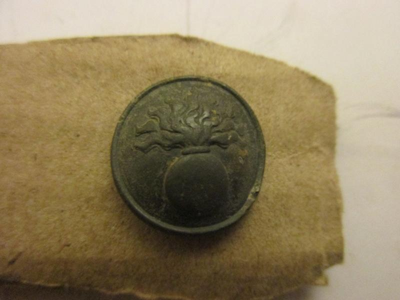 Petit bouton d'infanterie 1871/1914 Img_5826