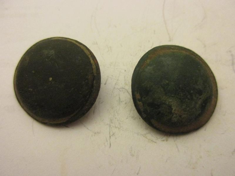 boutons militaire bombè, 1° moitiée du XVIII° Img_5850