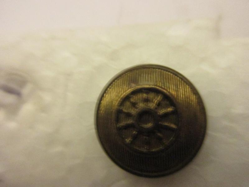 petit bouton bomb Img_6017