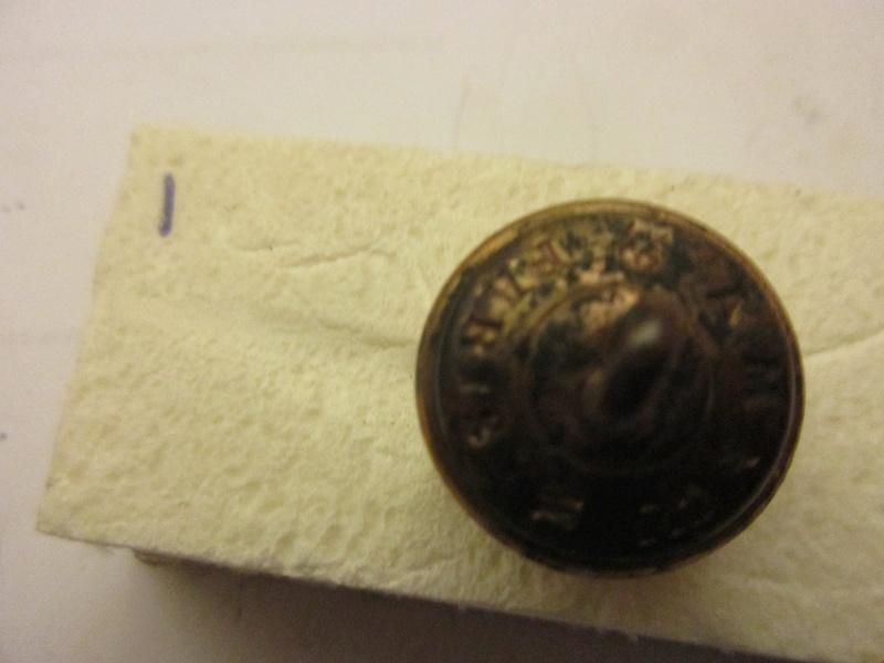 Bouton  trés bombè  d'officier de santée 1890/1900 Img_6044