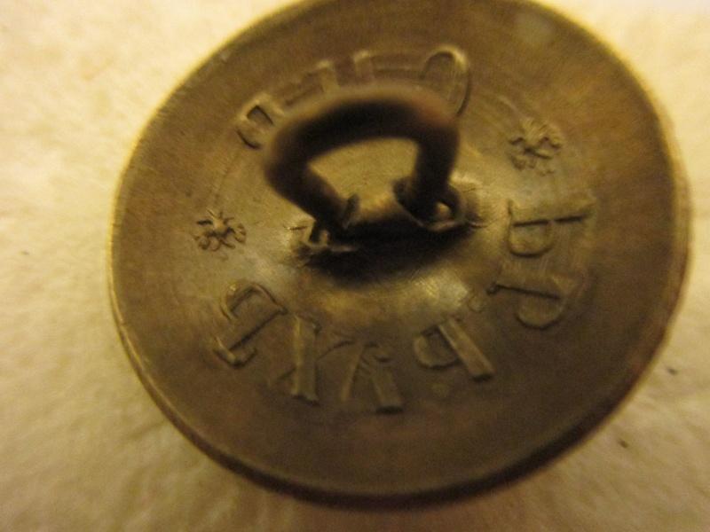 bouton Russe 22mm, bouton Aigle Impérial d'infanterie , troupes 1857/1917 Img_6074