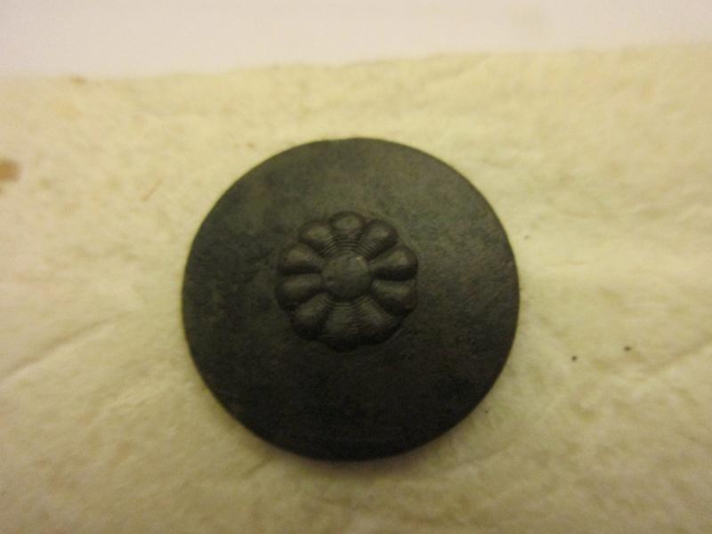 Un autre bouton Img_6119