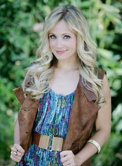 Phoebe Grace Marcy-10