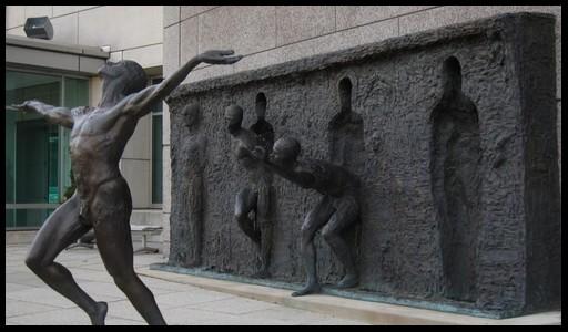 Les sculptures les plus insolite  310