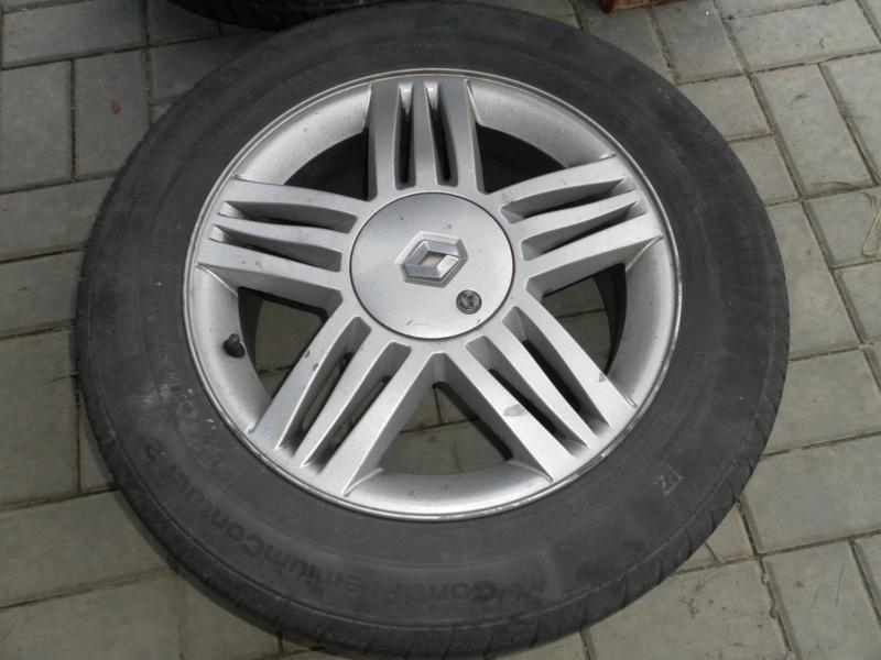 Renault alu disky 16 4-díra Sam_4921