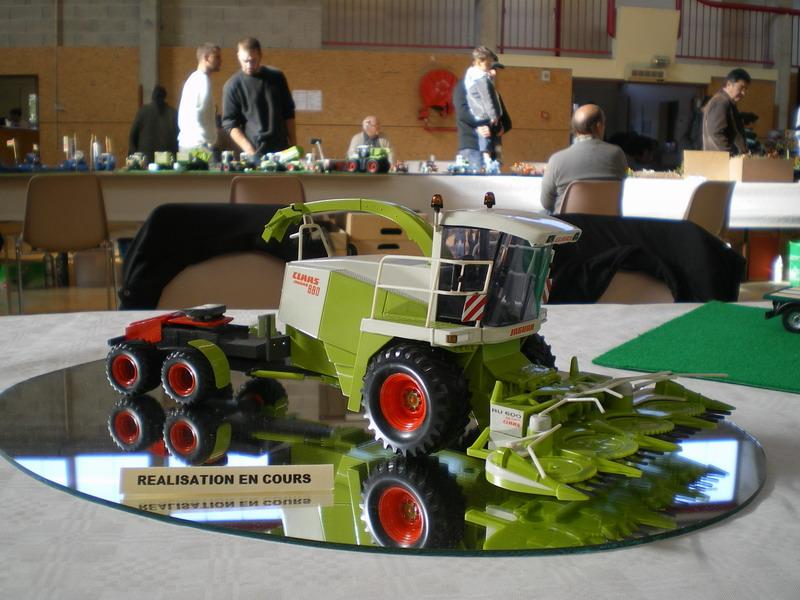 les réalisations agricoles de steph au 1/32 Imgp2011