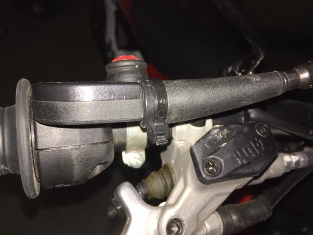 Problème de câble d'accélérateur Collie11