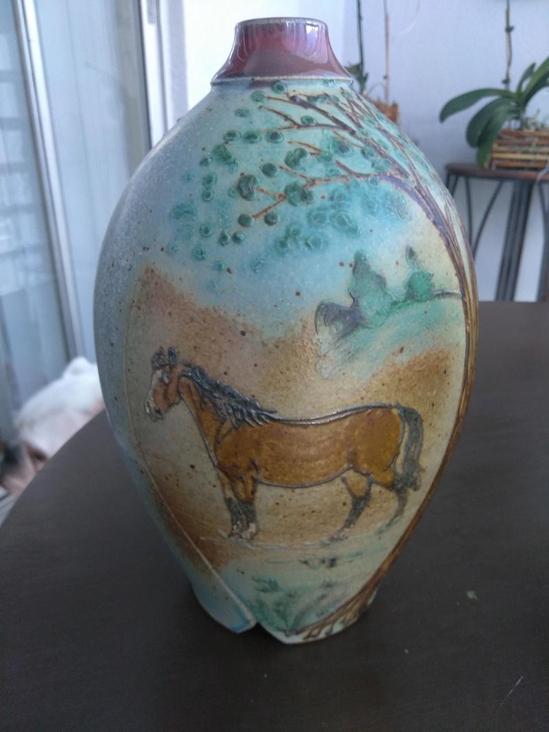 Pottery vase signed anyone read the signature  Img_2020