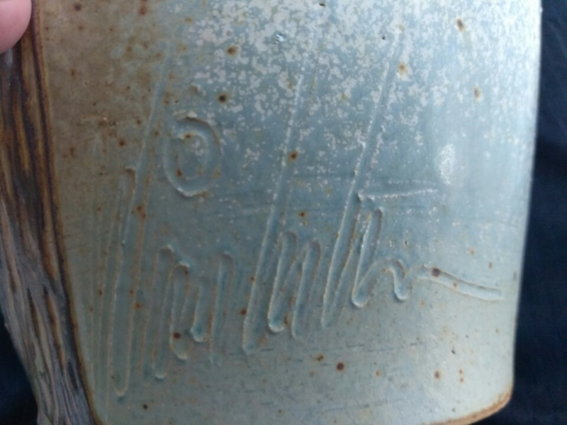 Pottery vase signed anyone read the signature  Img_2023