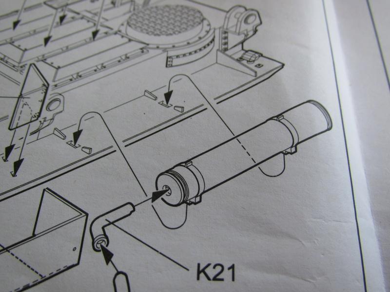 Canon Mörser Karl Gerät au 1/35 de Trumpeter - Page 7 Img_5135