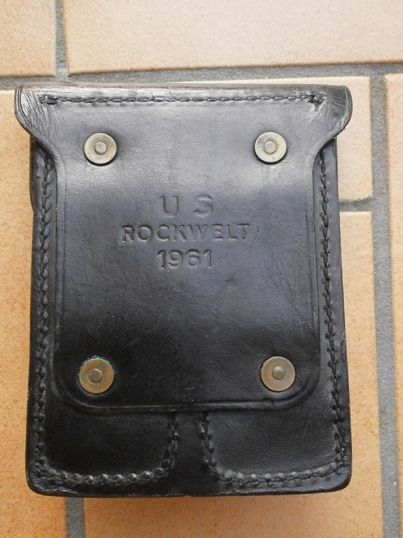 Porte chargeur military police 1961 Lot_1816