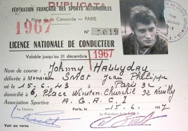 un grand monsieur de la chanson française est décédé Johnny10