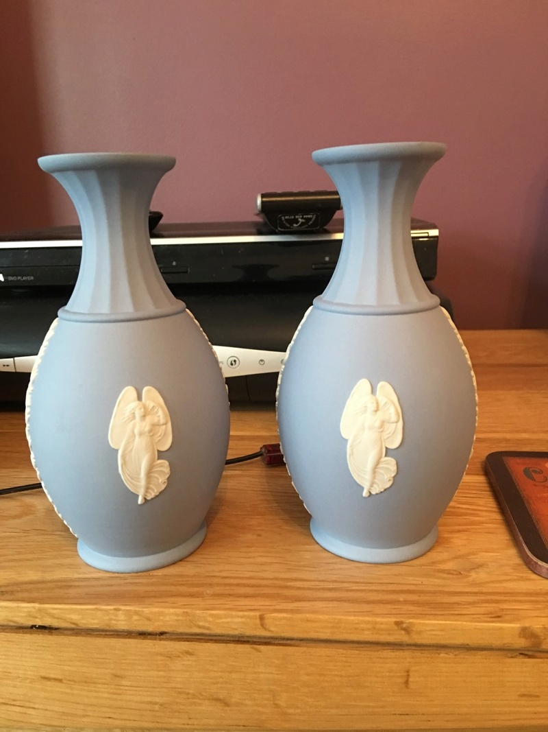 How to Identify Lenox Patterns
