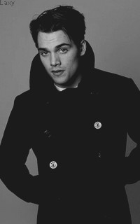Dylan Sprayberry  - Page 2 Vavali18