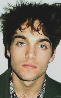 Dylan Sprayberry  - Page 2 Vavali19