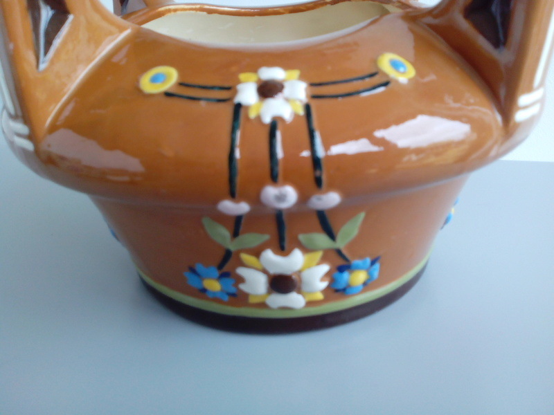 Basket-like brown glazed terracotta bowl thingummy Img_2029