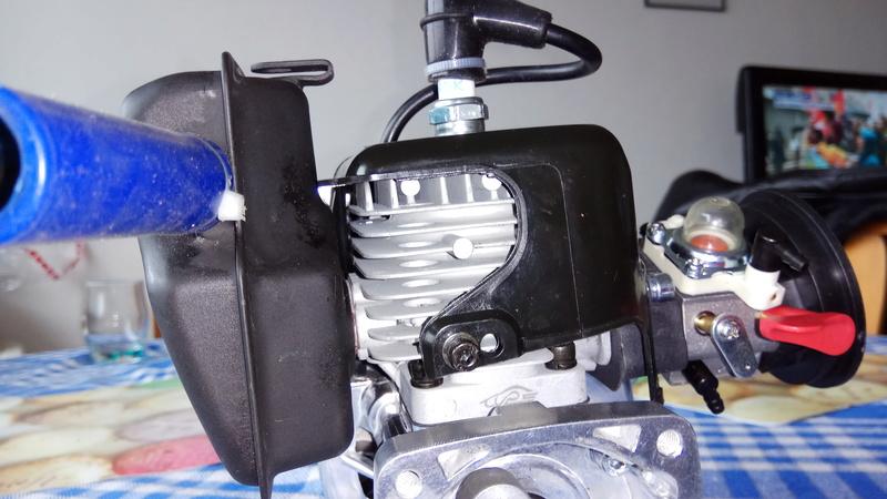 Moteur king motor 32cc sur fg marder Img_2020