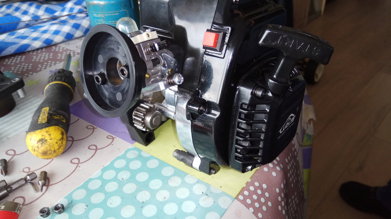 Moteur king motor 32cc sur fg marder Img_2025
