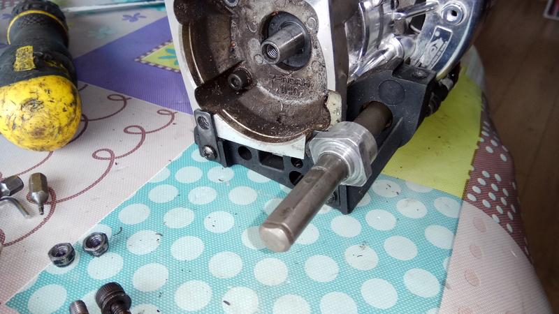 Moteur king motor 32cc sur fg marder Img_2026