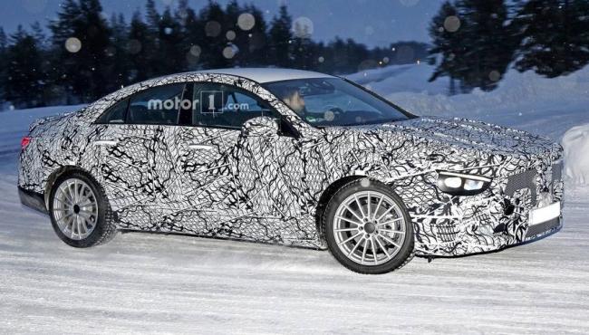 Novo Mercedes-Benz CLA é pego em testes pela 1ª vez 2019-m11
