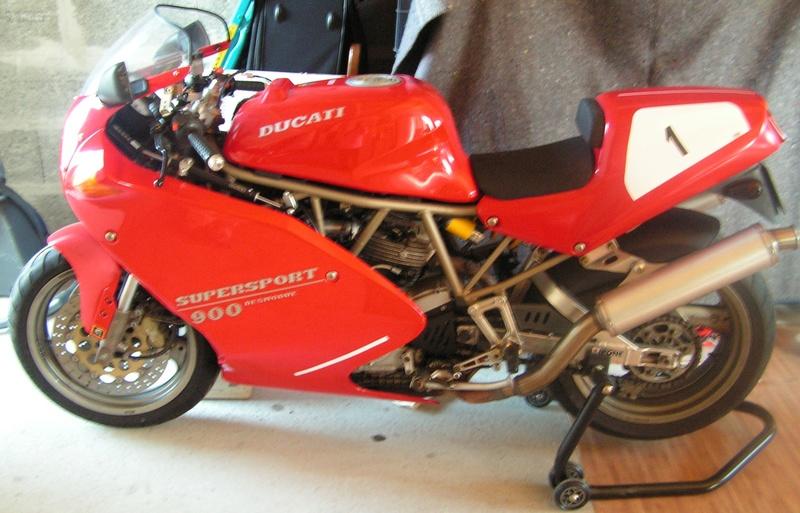 DUCATI 900 SS SUPERLIGHT  1992 Pict0010