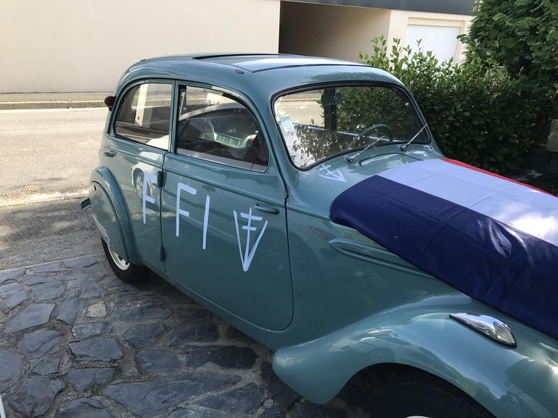 Notre petite voiture  17596310