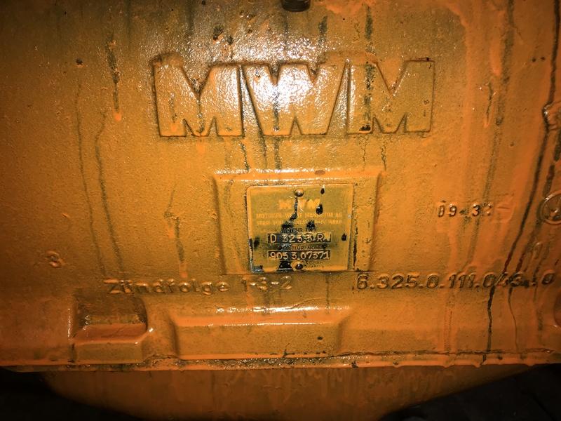 Problème relevage Renault 56 que j'ai redémarrer  Img_2518