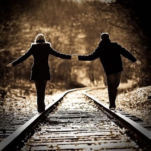 Dame tu brazo, amor, y caminemos Pareja10