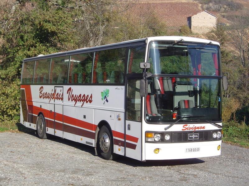 Cars Sivignon-Beaujolais Voyages Autoca12