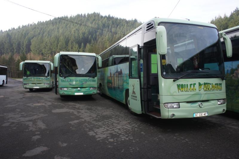 Autocars de la Vallée d'Azergues - Page 2 Dsc07912