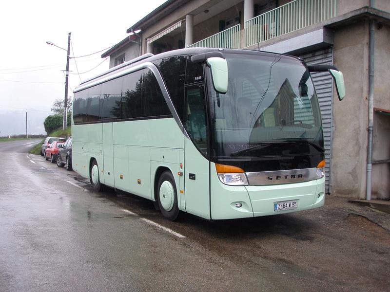 Autocars de la Vallée d'Azergues - Page 3 P4110010